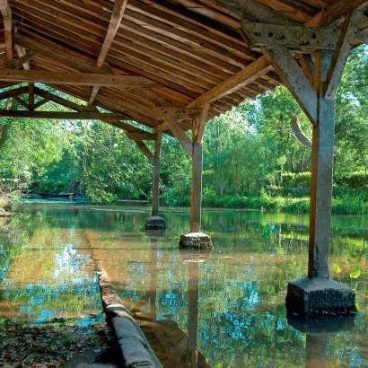 St-Gelais - La pierre et l'eau