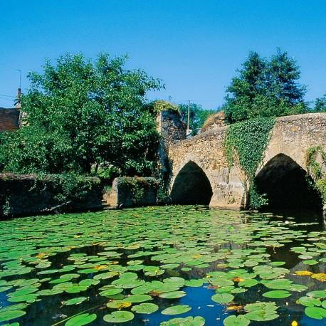 Argentonnay - Autour du lac et de la cité