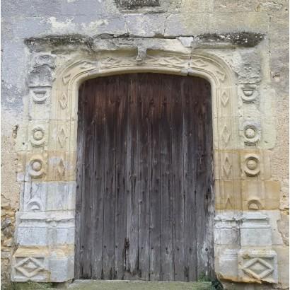 Saint-Varent - porte de la chapelle de Boucoeur