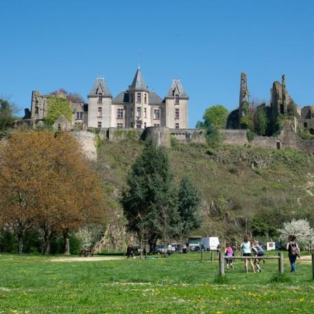 """Du """"Beaumont"""" au château"""